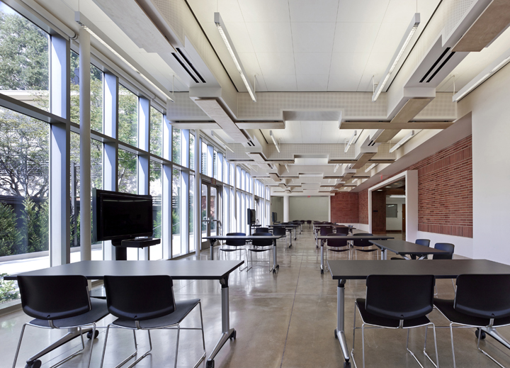 Barton Phelps & Associates - Academic Advancement Learning Pavilion, UCLA
